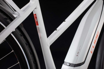 Cube Touring Hybrid Pro 500 grey´n´red 2020 Trapez