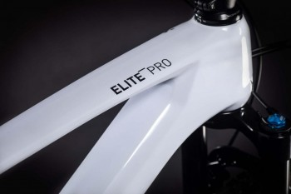 "Cube Elite C:68X Pro flashwhite´n´red 2021 417050 / 29: (18"") M"