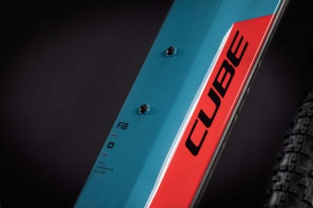 "Cube Reaction Hybrid Performance 625 blue´n´red 2021 433122 / 29: (17"") M"